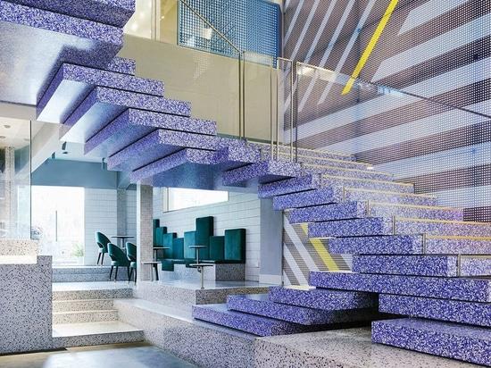 KCA compone yakafu fai da te panificio in porcellana con blocchi geometrici di terrazzo + elementi grafici