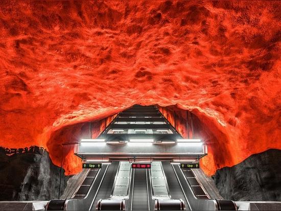 Il Fotolibro esplora il sistema unico della metropolitana di Stoccolma