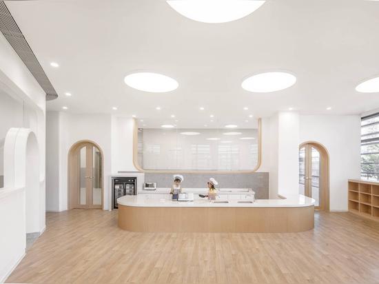Asilo nido Montessori a Xiamen / L&M Design