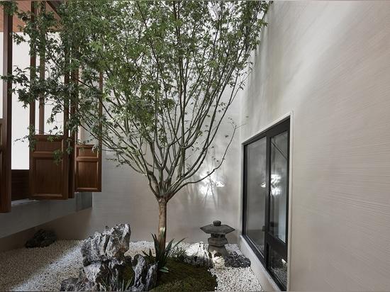 Gong Sheng House / Organizzazione per la pianificazione spaziale Jingu Phoenix