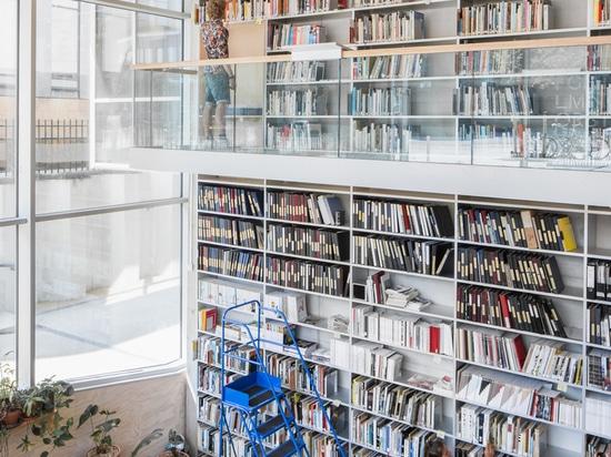 Accademia Gerrit Rietveld e Istituto Sandberg / Studio Paulien Bremmer + Hootsmans Architetti