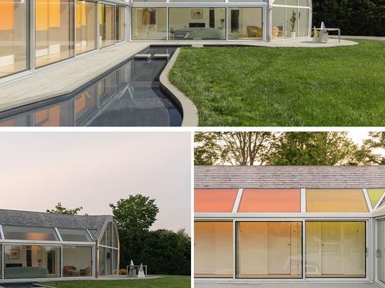 Lucernari colorati e un design curvilineo sono caratteristiche della Cocoon House