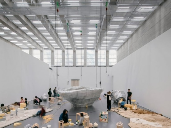 david chipperfield-designed West bund museum apre a Shanghai