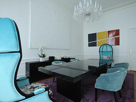 Appartamento Art Chic a Parigi progettato da PFB Design e arredato da BRABBU