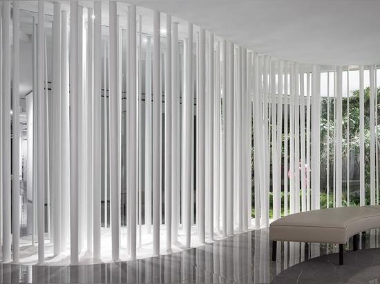 FOSHAN TOPWAY DESIGN Completa Meitao Ceramics Sales Center in Cina