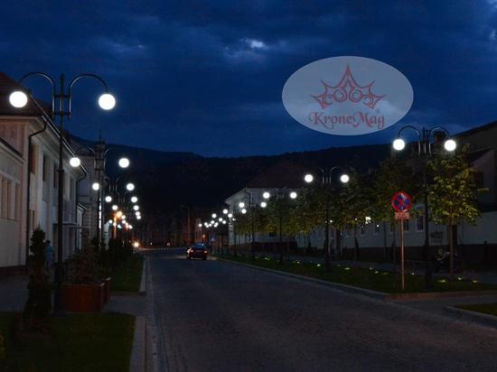 Pali per l'illuminazione stradale ornamentali