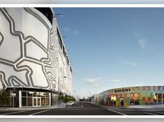 La sorprendente facciata del Faulders Studio aggiunge un motivo chiassoso al distretto artistico di Wynwood a Miami