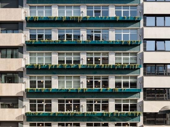 Uno spazio di lavoro condiviso di Anahory Almeida a Lisbona offusca il confine tra lavoro e tempo libero