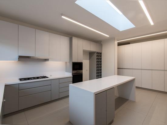 NG House / Lambiasi + Westenenk Arquitectos
