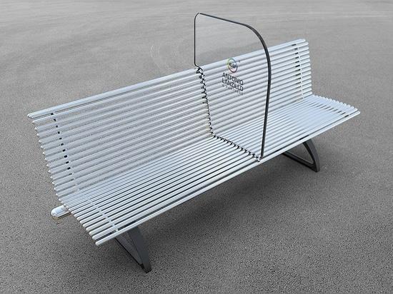 """Shield"""" è una panchina per combattere COVID-19 progettata da Antonio Lanzillo & Partners"""
