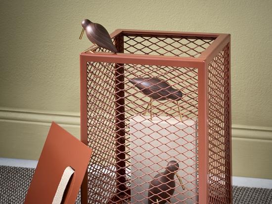 Storage Meets Side Table incontra lo sgabello nel Cubo