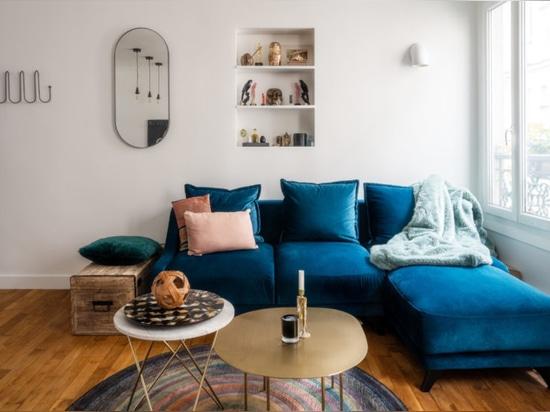 Comporre uno stile moderno entro i confini di un vecchio appartamento di Pigalle
