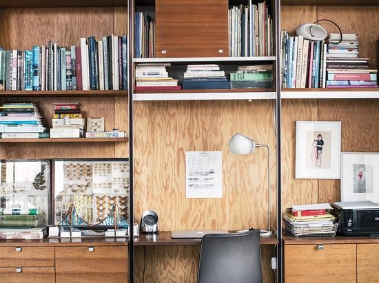 Ufficio in casa, Brooklyn, USA. © Mark Mahaney