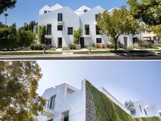 Questo edificio è stato progettato per assomigliare a un moderno villaggio di collina