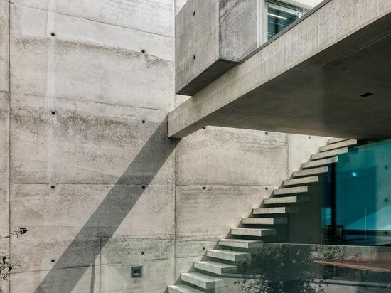 Villa 22 di Dreessen Willemse Architecten