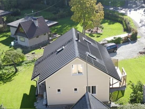 Q&A: La versione europea di Tesla, il nuovo tetto solare cliccabile di Roofit.solar