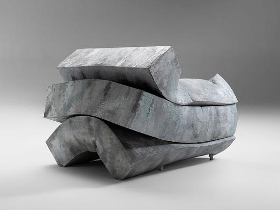 Da un metro cubo di gommapiuma a un'opera d'arte funzionale